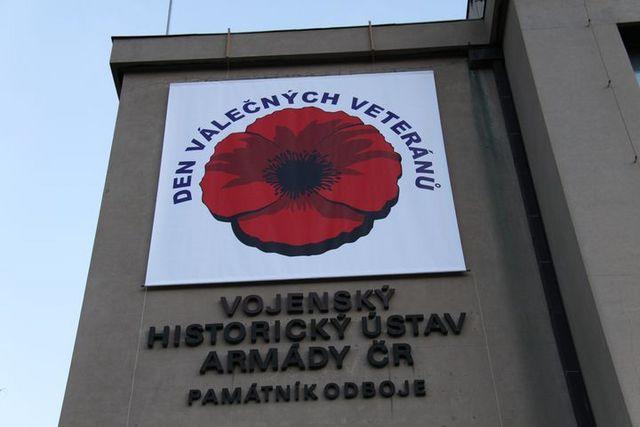 Dnes si připomínáme Den válečných veteránů